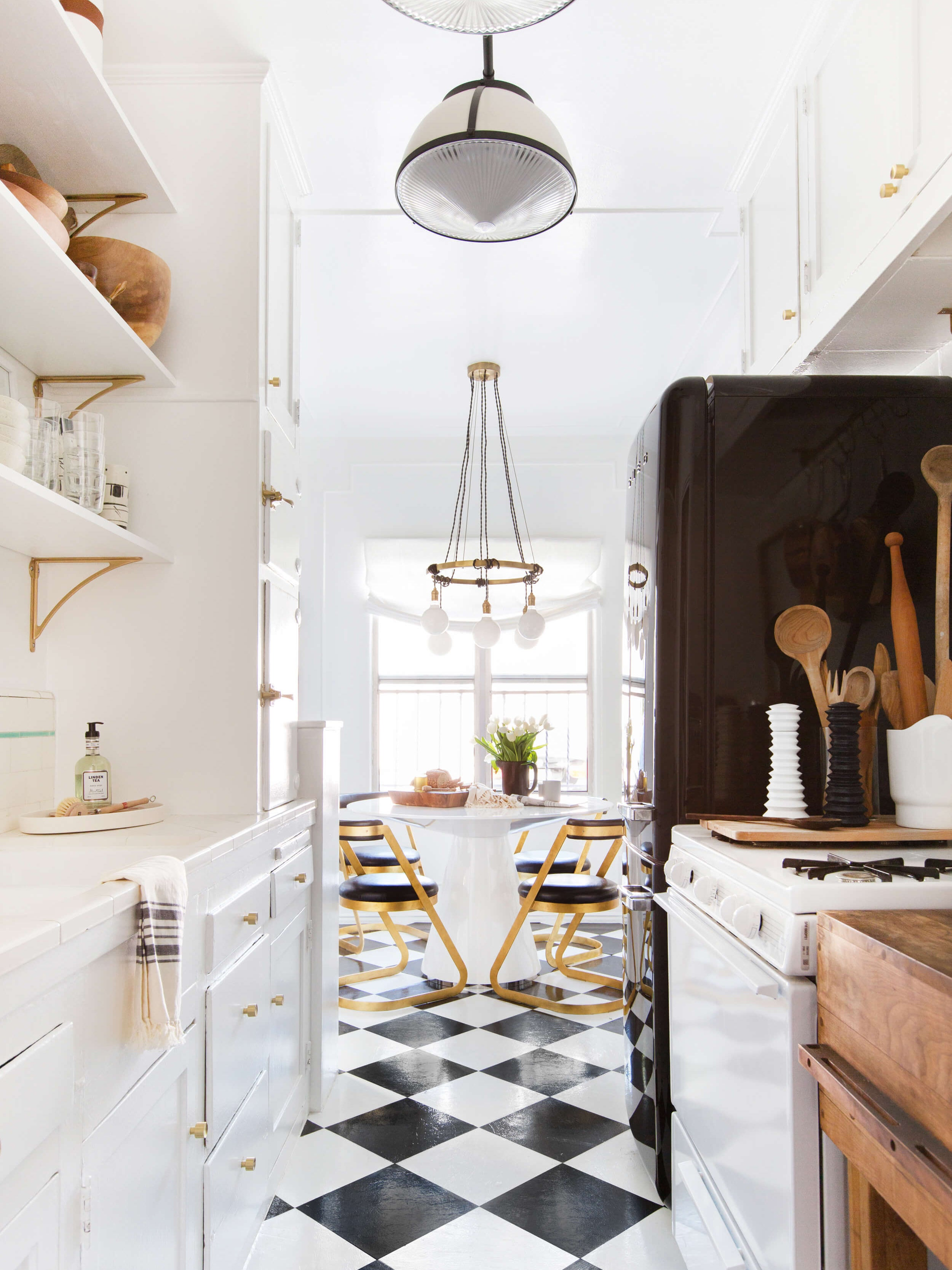 """This """"Dated"""" Kitchen Trend Is Back (and We're Into It)"""