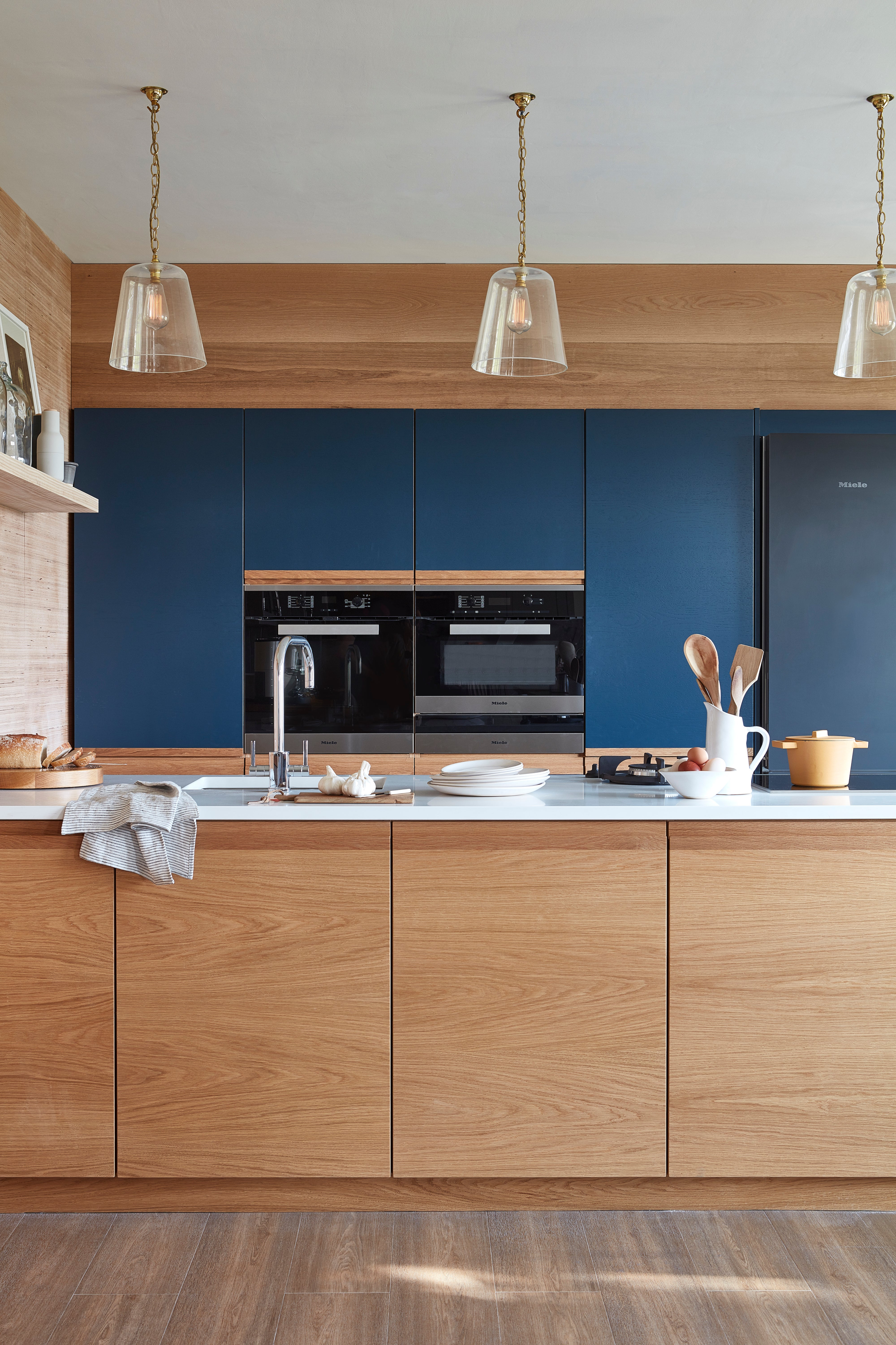 This No Hardware Trend Is The Kitchen Idea That Might Save You Money
