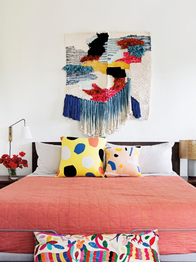 6 Rookie Mistakes to Avoid When Decorating With Pantone's Color of the Year