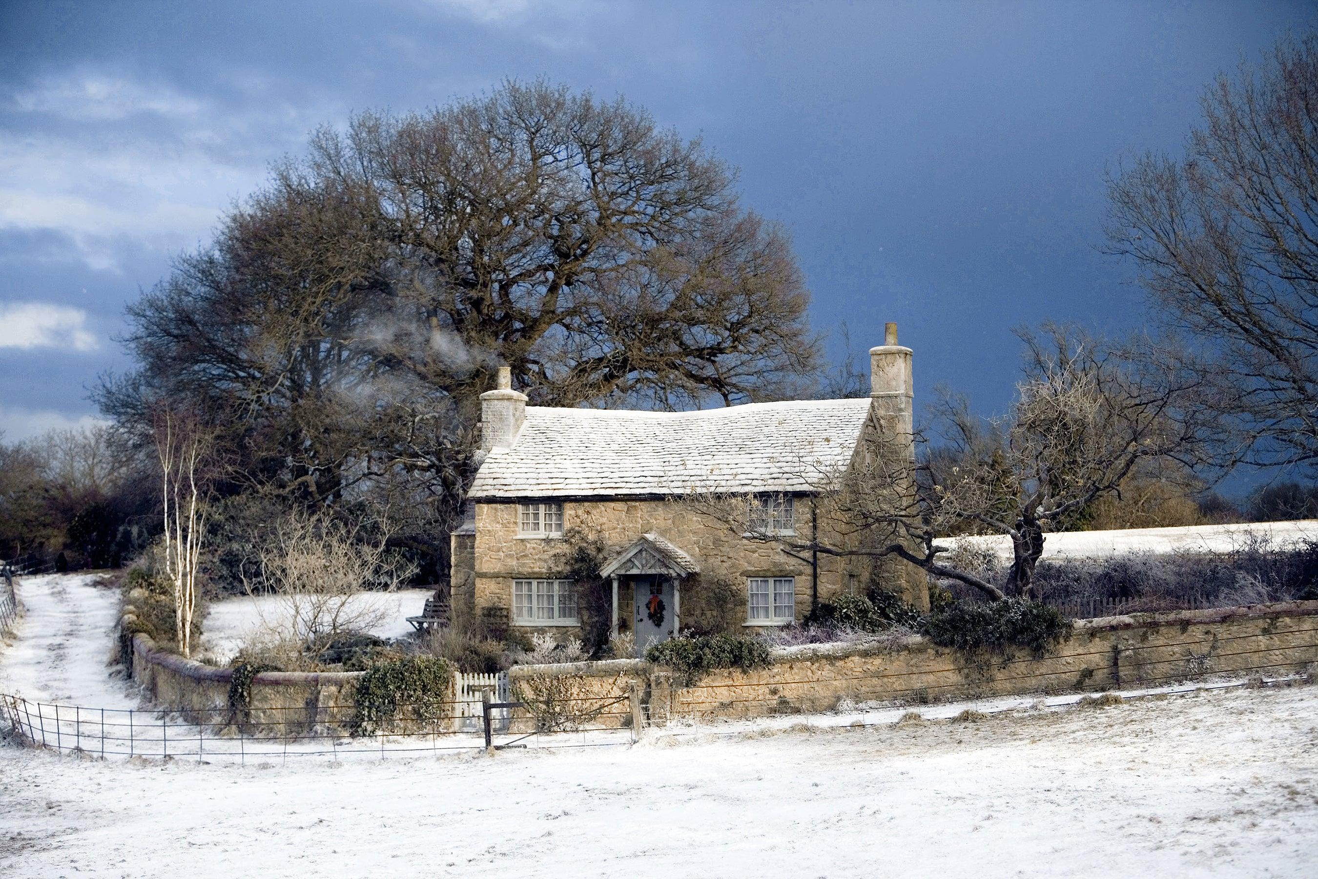 """You Can Now Buy the Cozy British Cottage from """"The Holiday"""""""