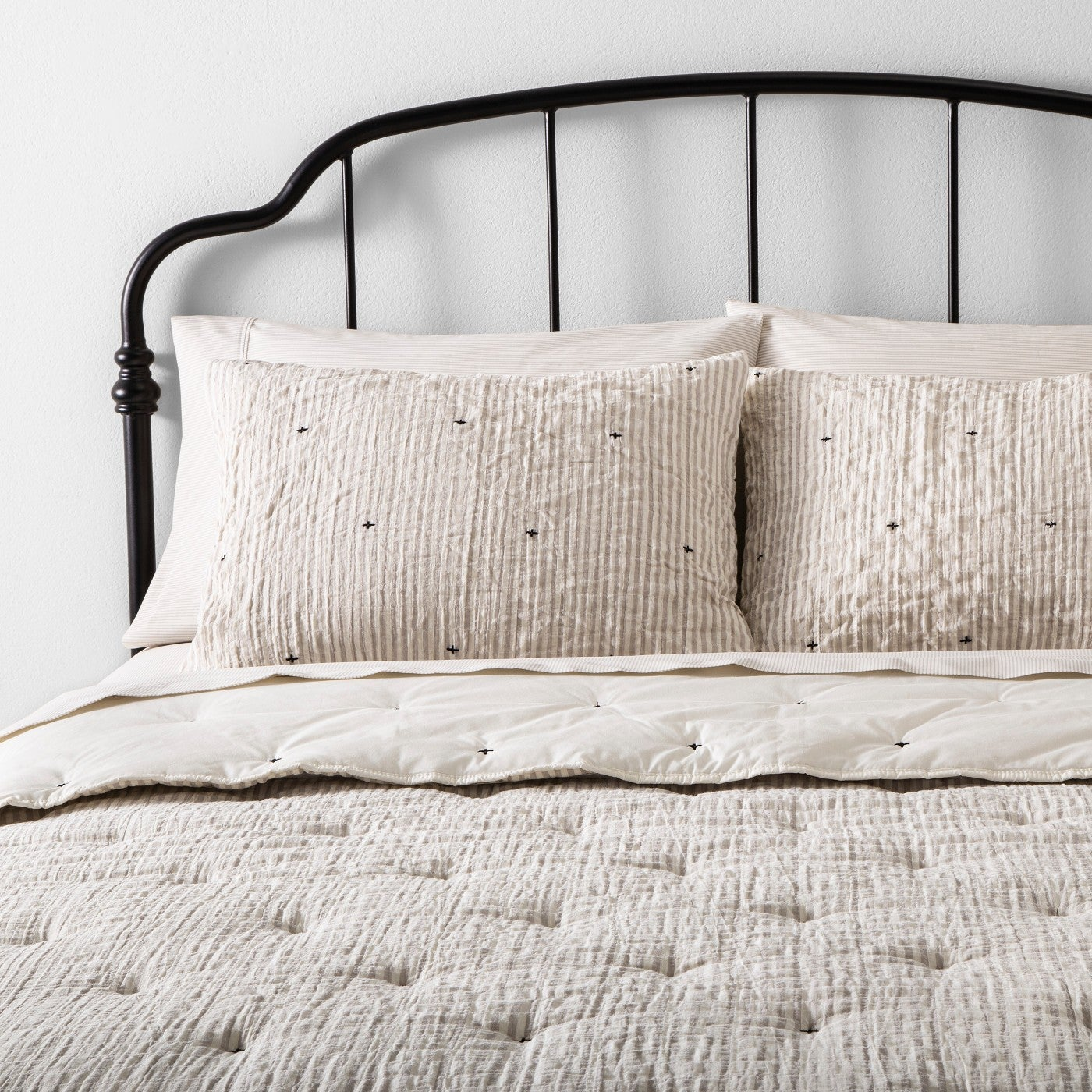 Comforter Set Simple Stripe with Stitch Embroidery