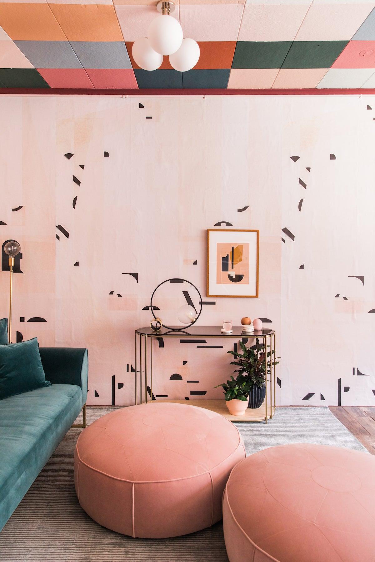 teamwoodnotexcitysage-studio-design-margaret-and-corey-pasadena-colorblock-ceiling-41