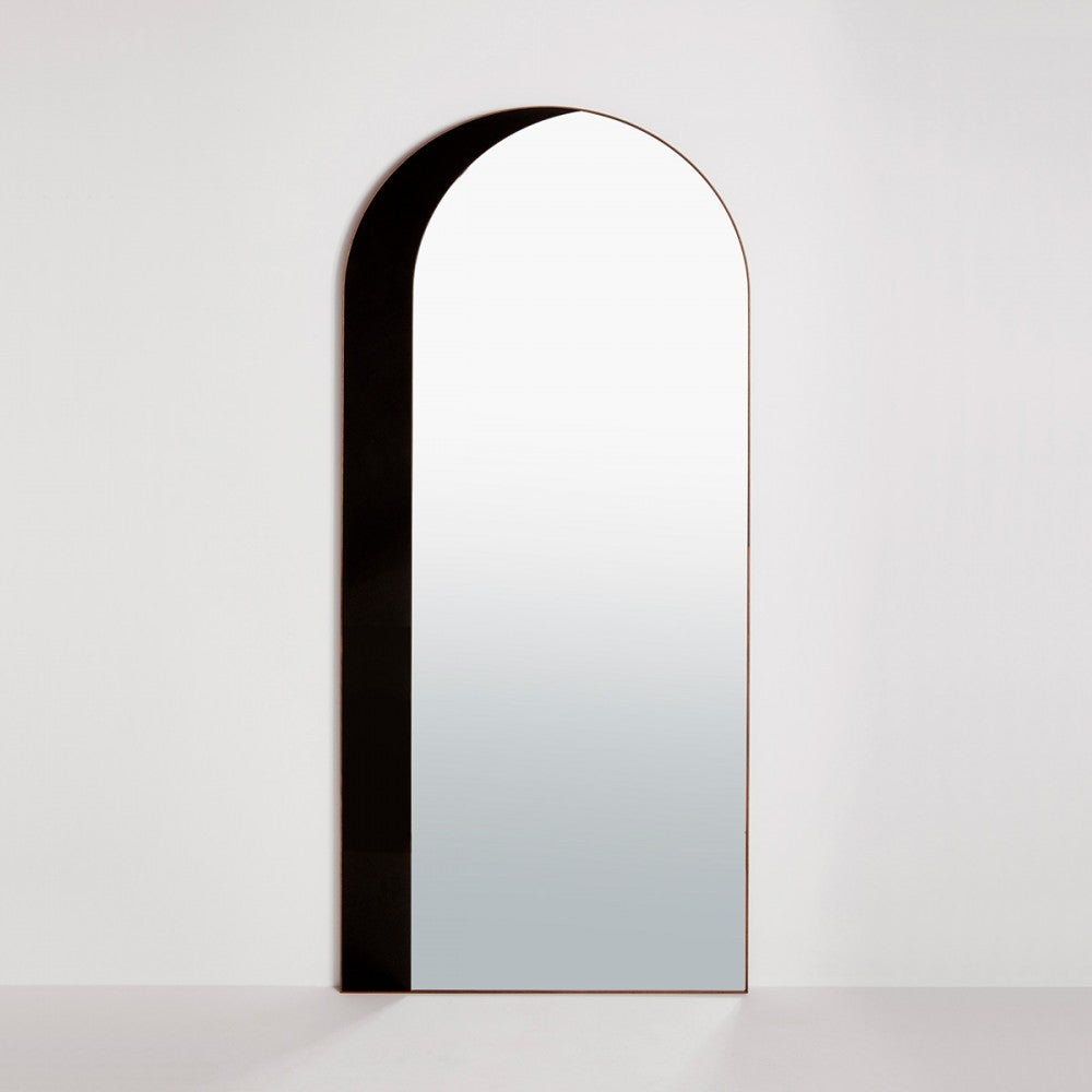 bower_thumb_arch-floor-mirror—on-white—photo-by-charlie-schuck—1