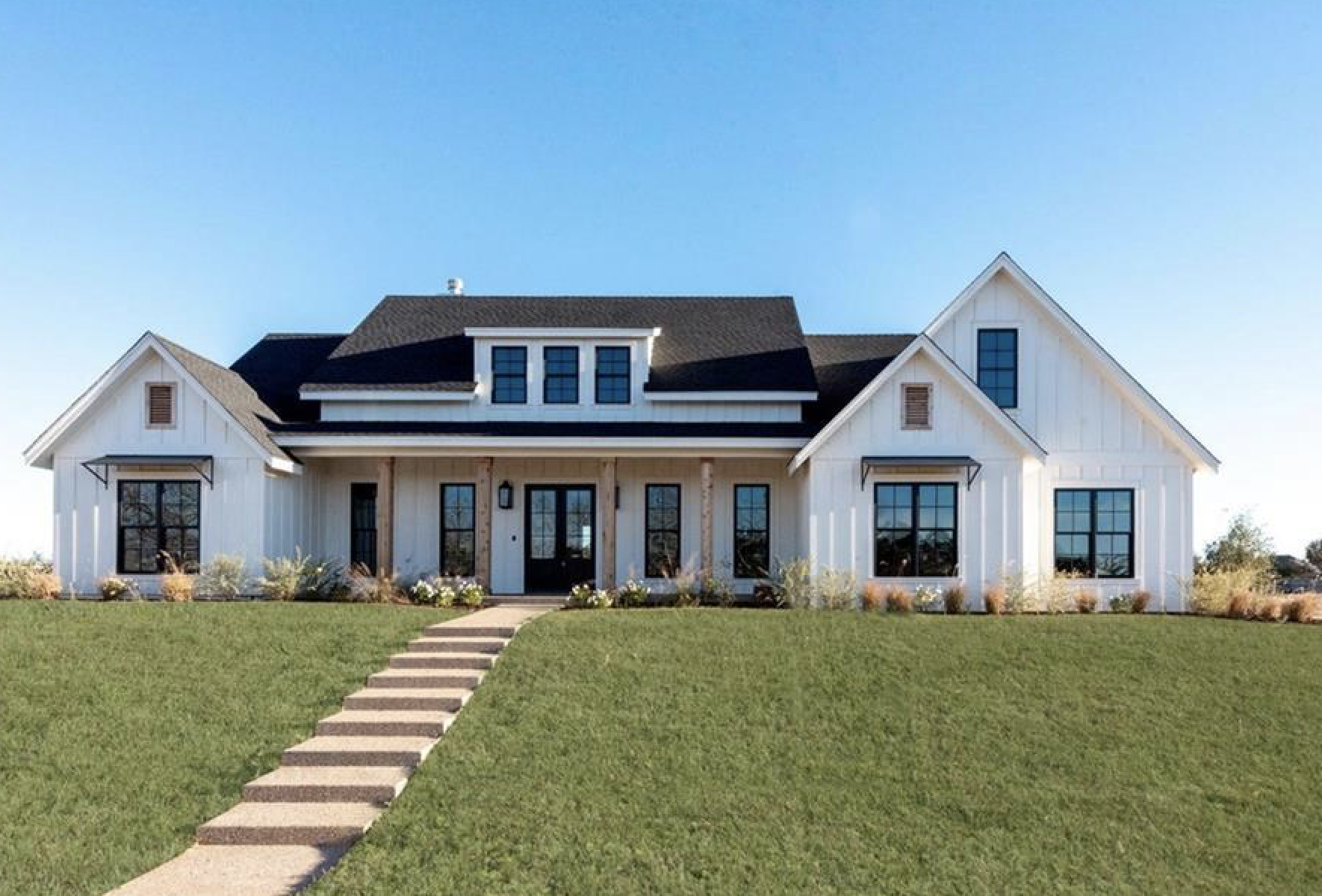 On the Market: A Chip and Joanna Gaines Farmhouse in China Spring, Texas