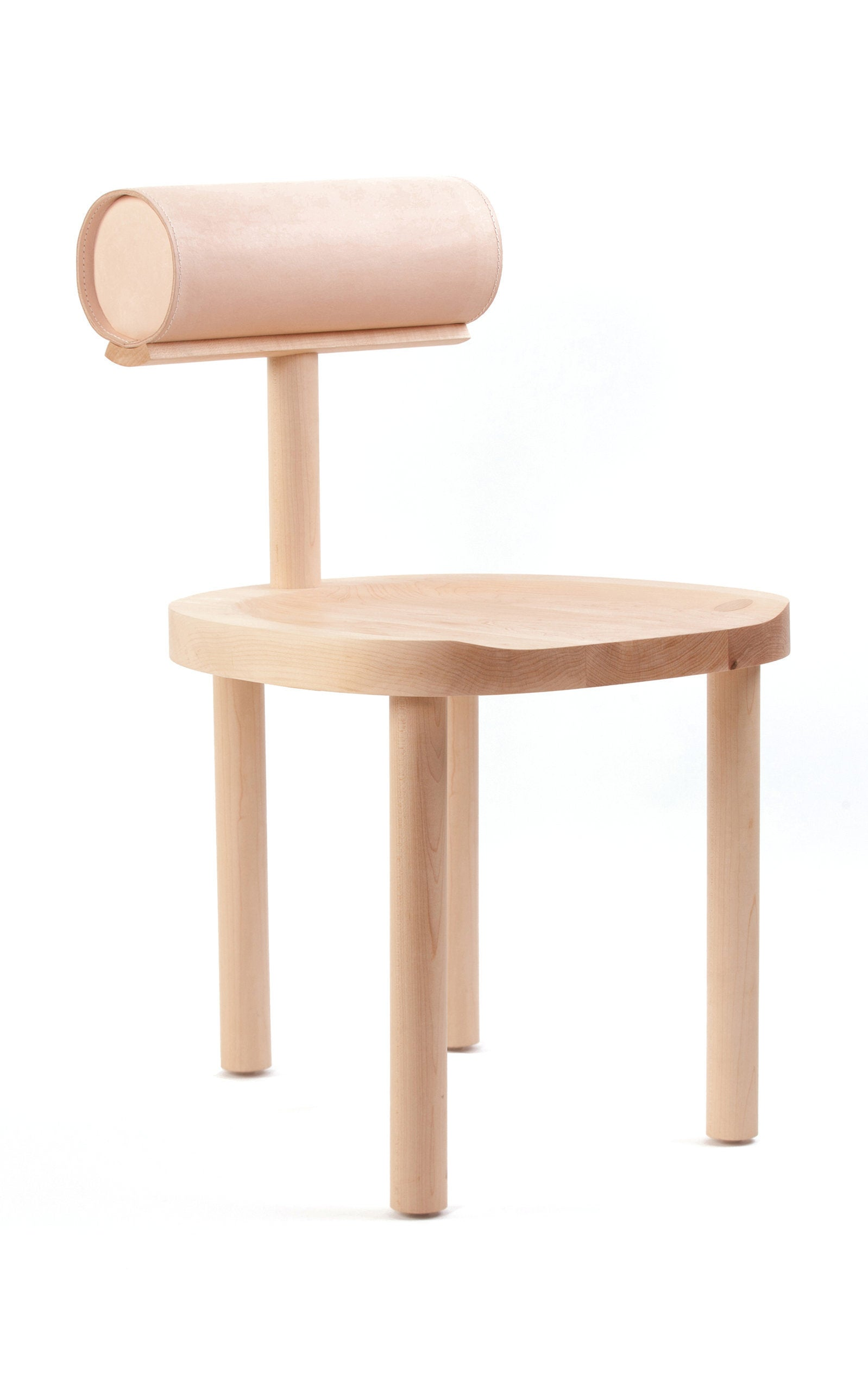 large_estudio-persona-neutral-una-chair