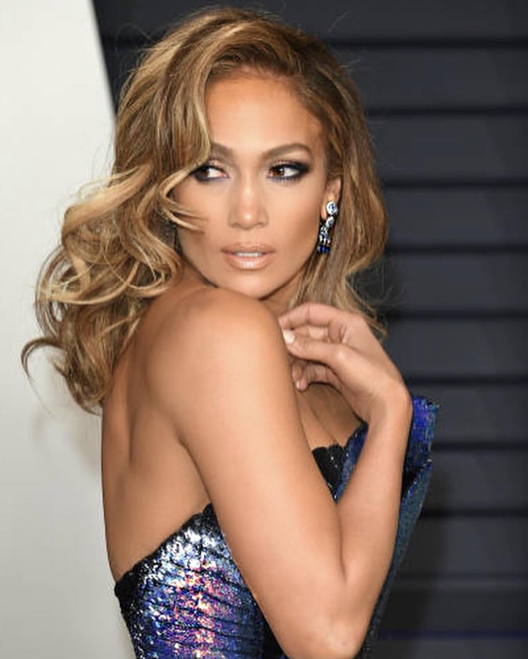 Jennifer Lopez Enlisted Joanna Gaines To Design Her Fixer