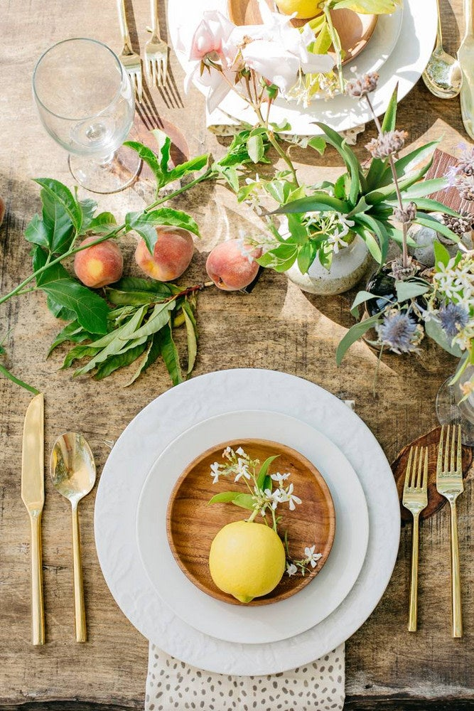 Mother's Day Table Setting Ideas That Go Beyond the Ordinary
