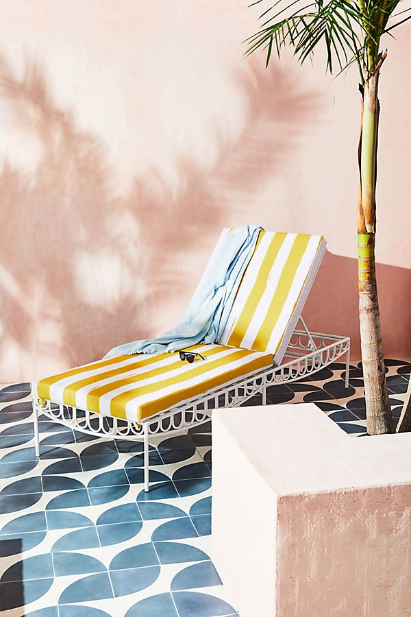 Retro Bermuda is the Summer 2019 Vibe We All Need