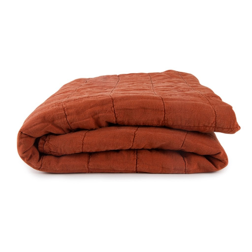 Simple-Linen-Quilts-_0003_HNY_300_10_038_195_K_Simple-Linen-Quilts_Rust_jpg_1024x1024