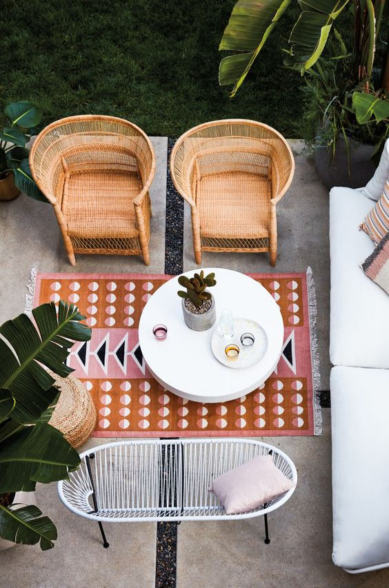 Small Space Outdoor Furniture To, Outdoor Furniture For Small Spaces