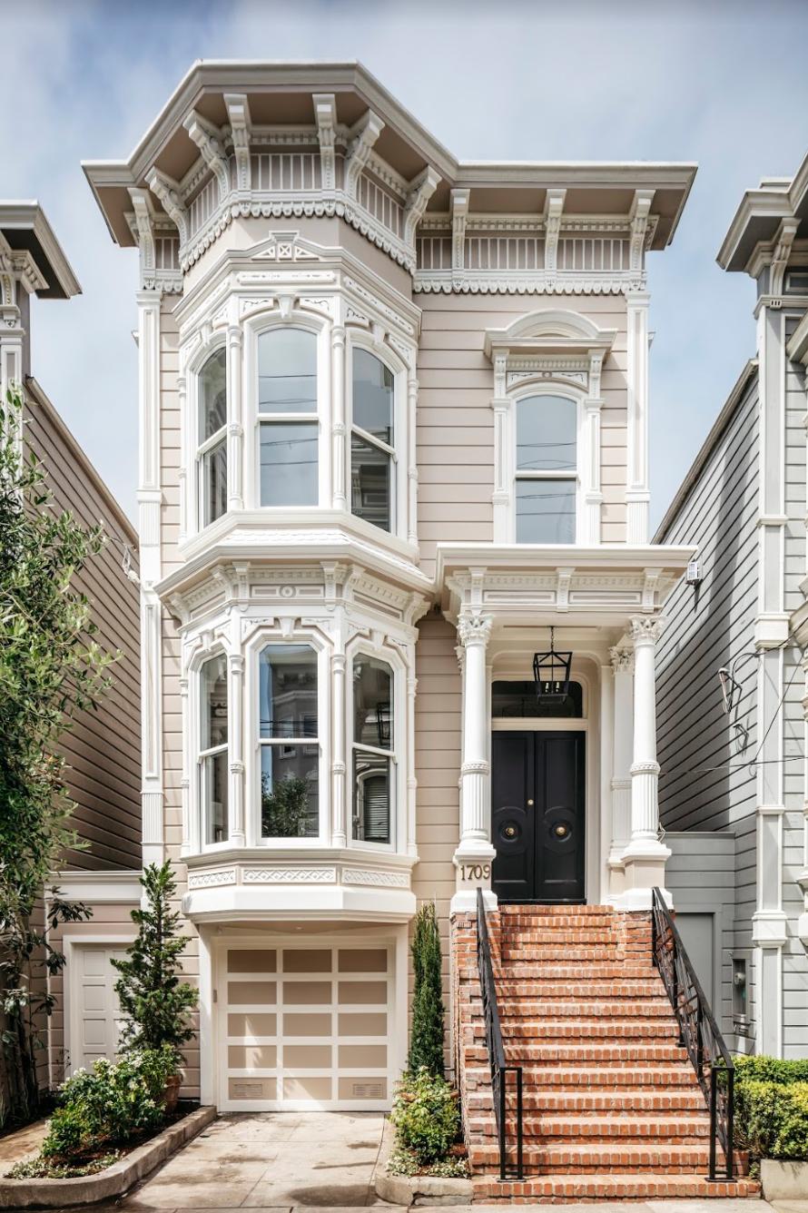 full house exterior