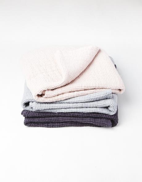 WAFFLE LINEN BATH TOWELS