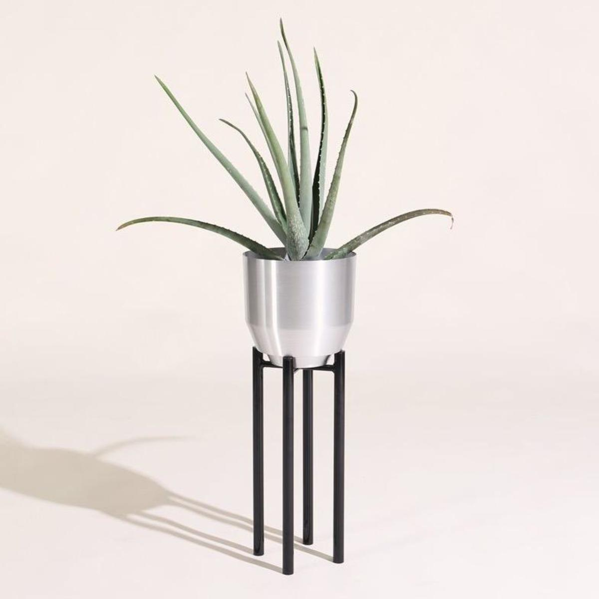 Planter-Stand-20190216052312