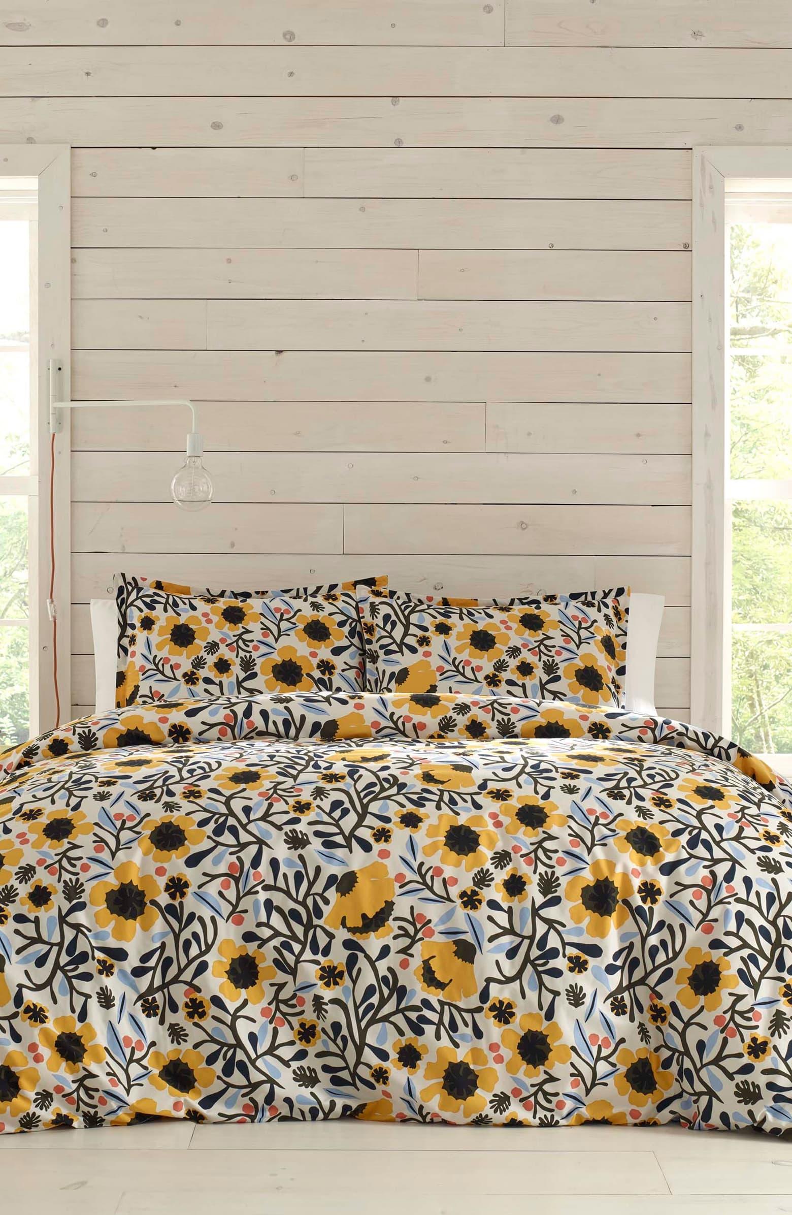 Mykero Comforter _ Sham Set