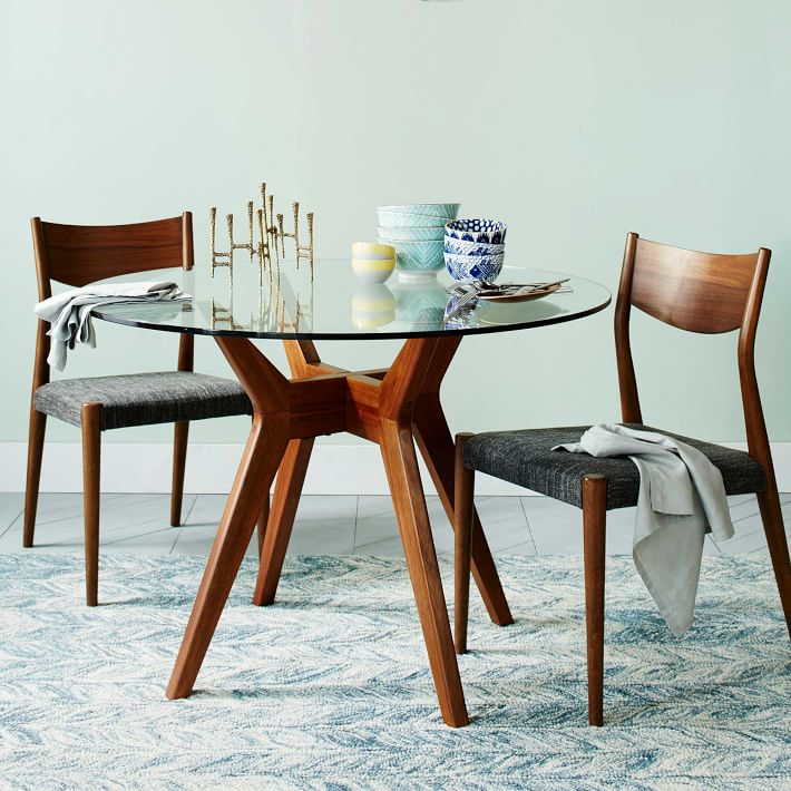 9 Small (But Mighty) Dining Tables Made for Equally Tiny Spaces
