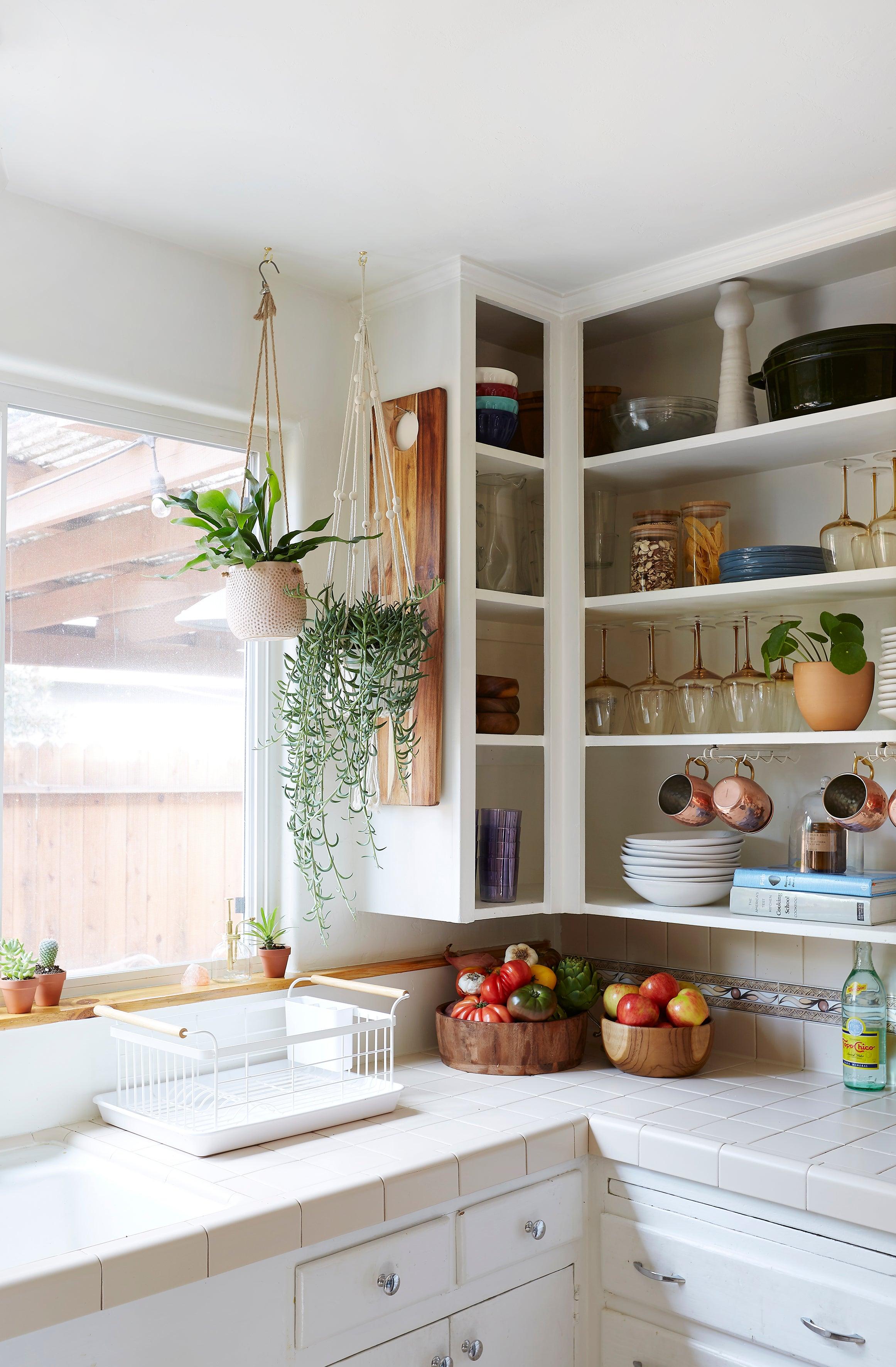 Superieur This Kitchen Cabinet Design Hack Is A Renteru0027s Dream