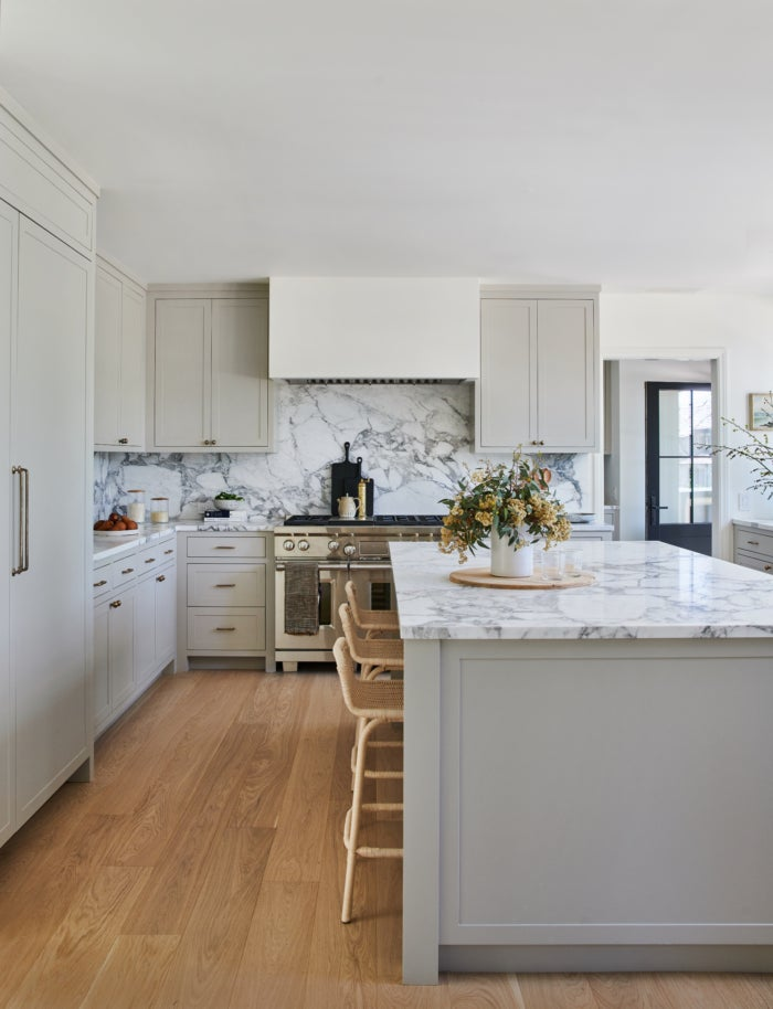 Amber Lewis Swears By These 5 Kitchen