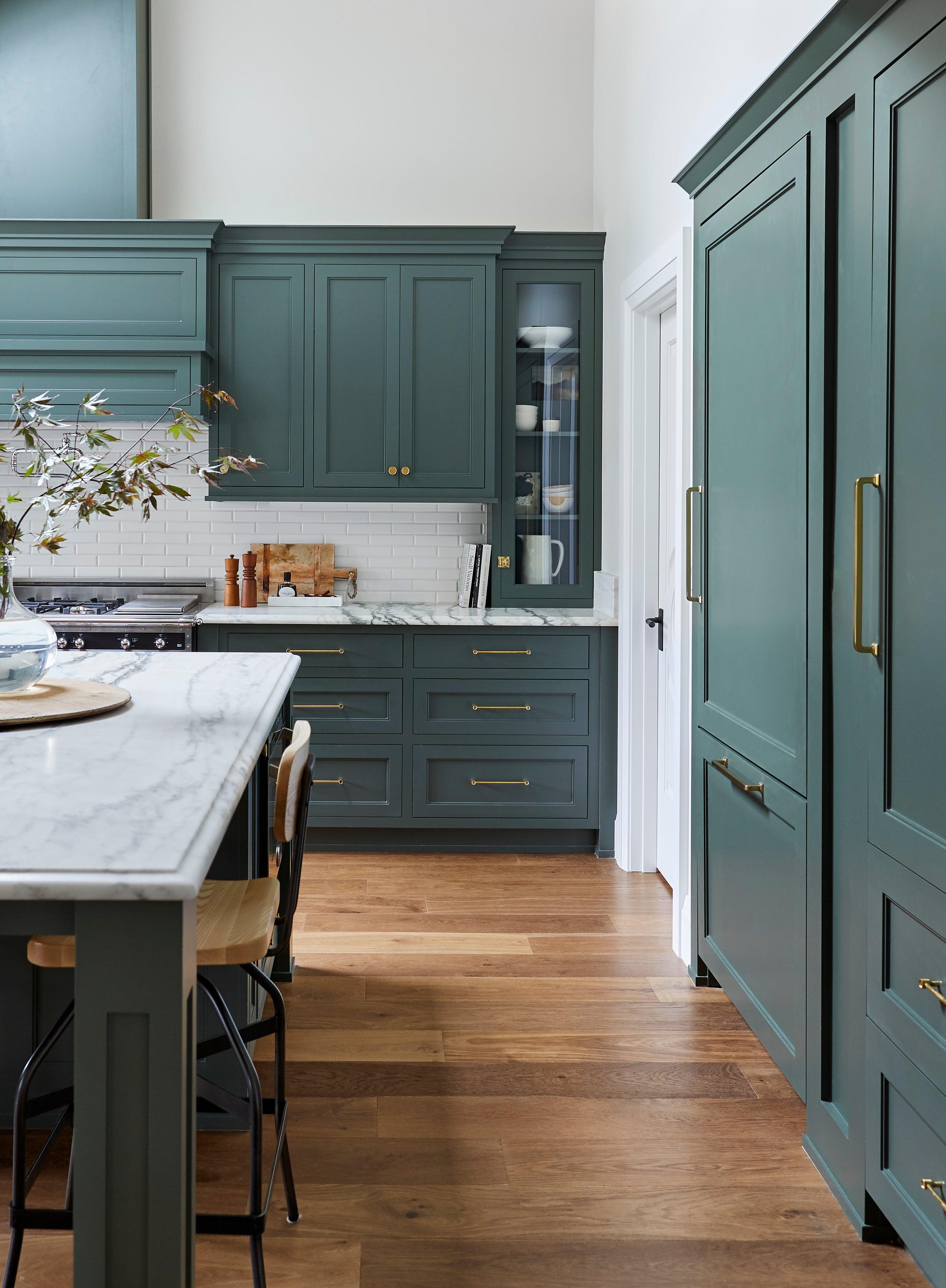 11 Green Kitchen Cabinet Paint Colors, Best Gray Green Paint For Kitchen Cabinets
