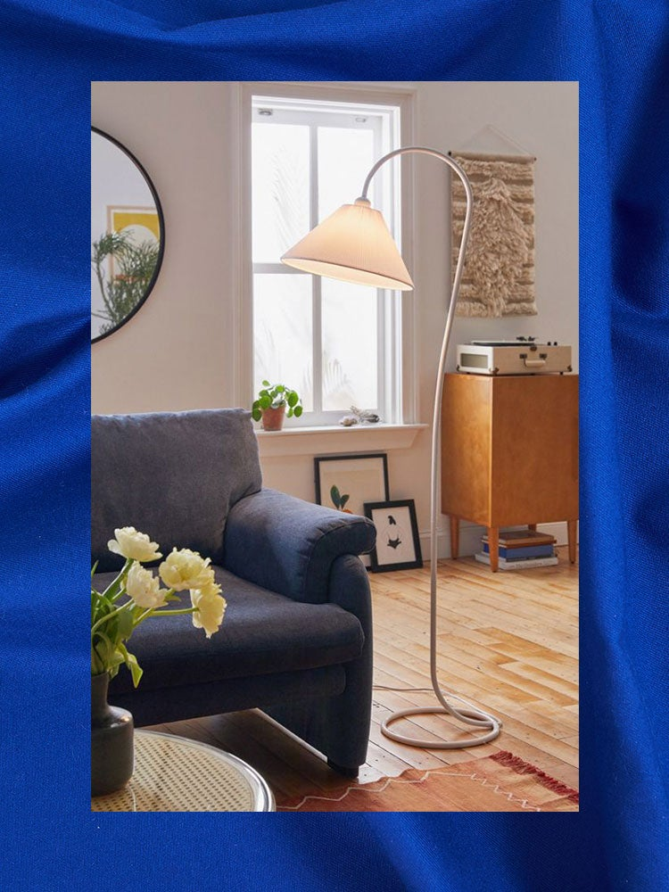 Is It Just Us or Are Floor Lamps Getting Wavier and Skinnier? – domino