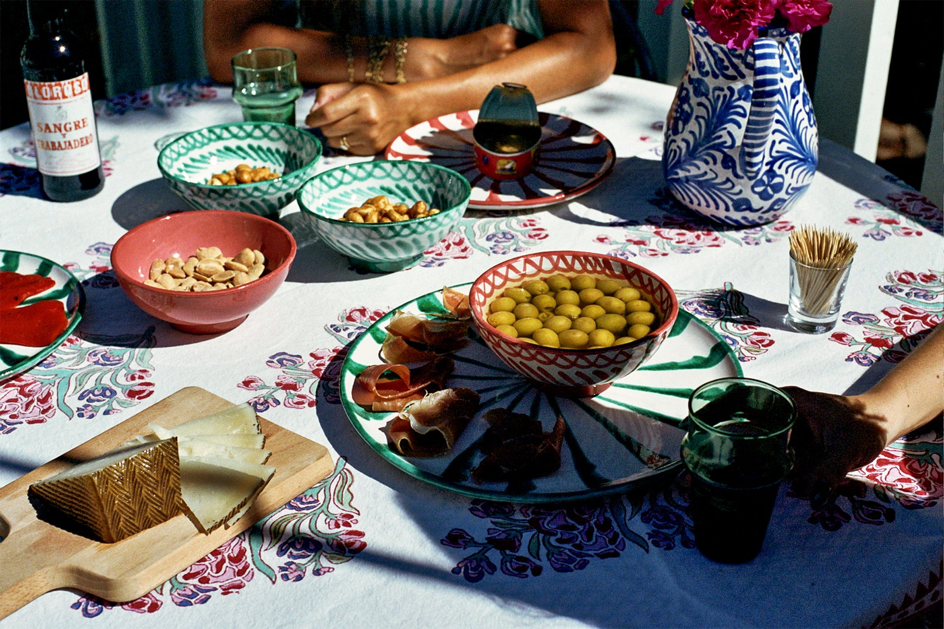 The Ultimate Summer Tapas Menu, Courtesy of Two Stylish Expats