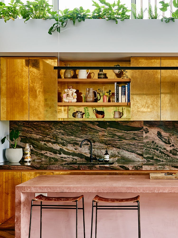 00-FEATURE-brass-kitchens-domino