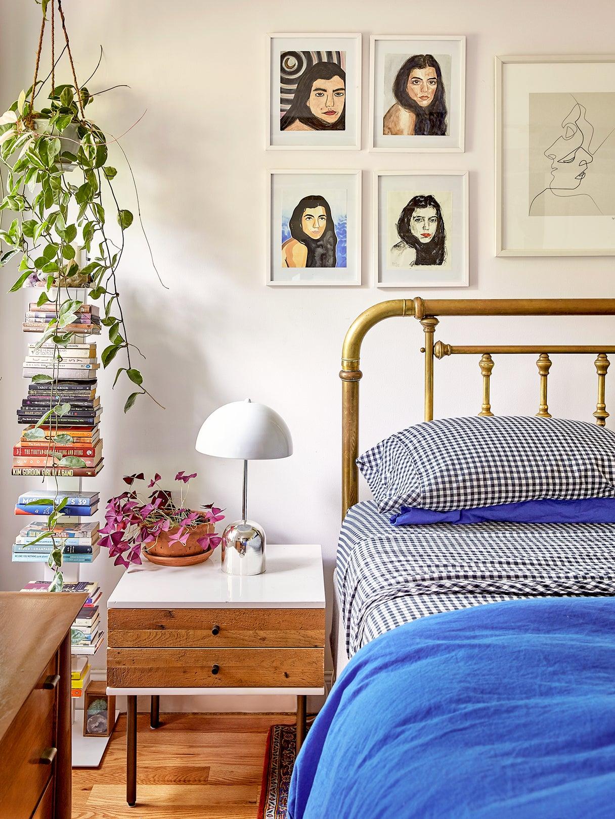 00-FEATURE-nightstand-lamp-pairing-domino
