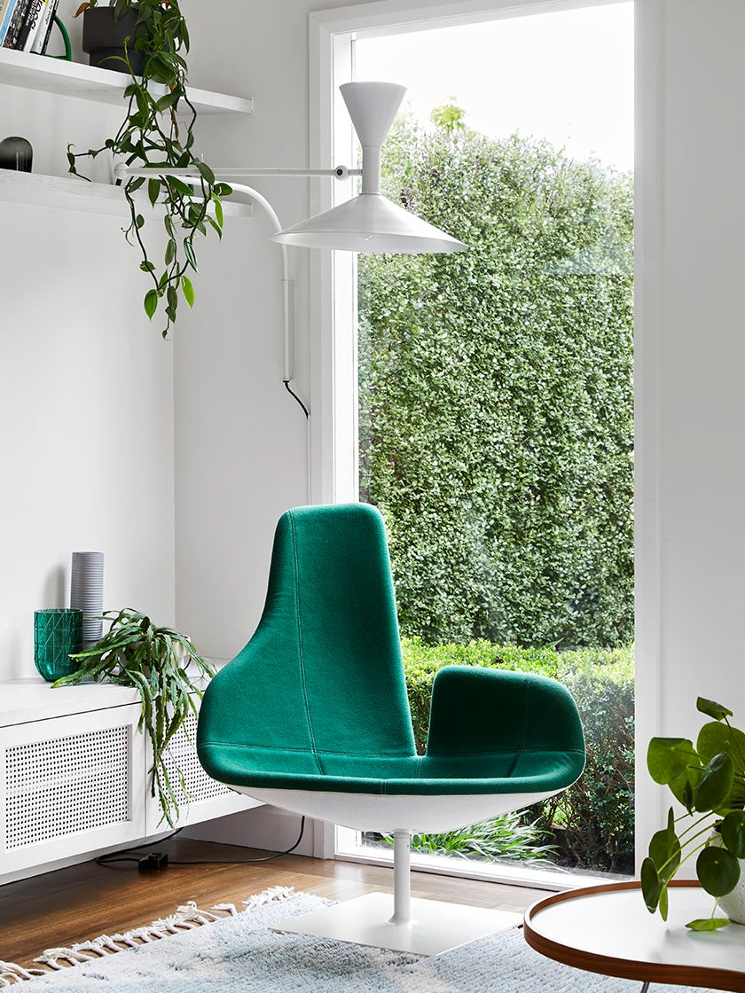 This Gloriously Green Room Was Designed to Frame the Home's Greatest Feature