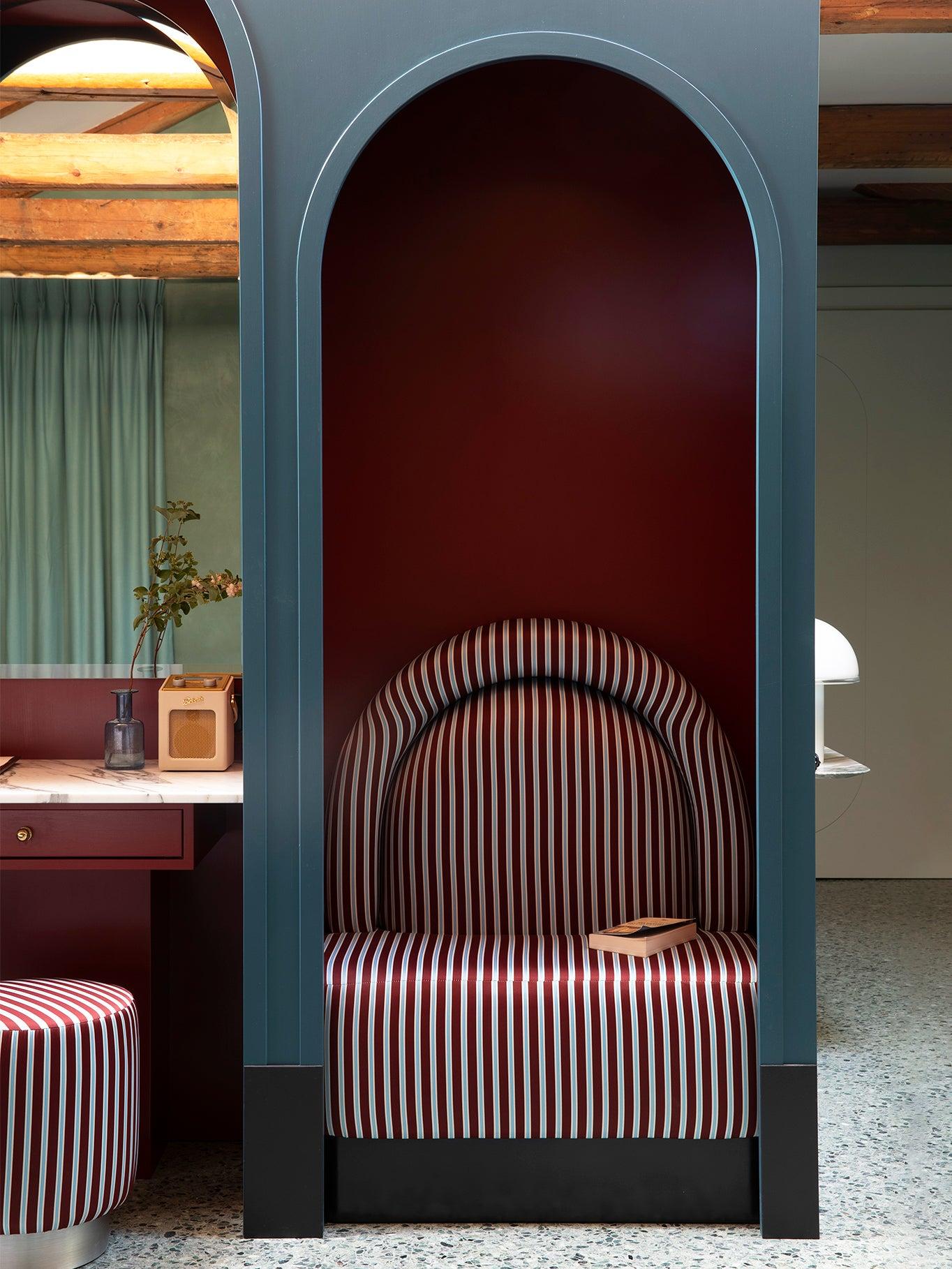 00-FEATURE-venice-hotel-arches-domino
