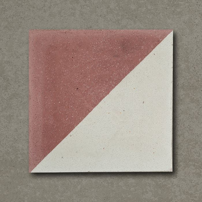 0000779_magic-triangle-burgundy