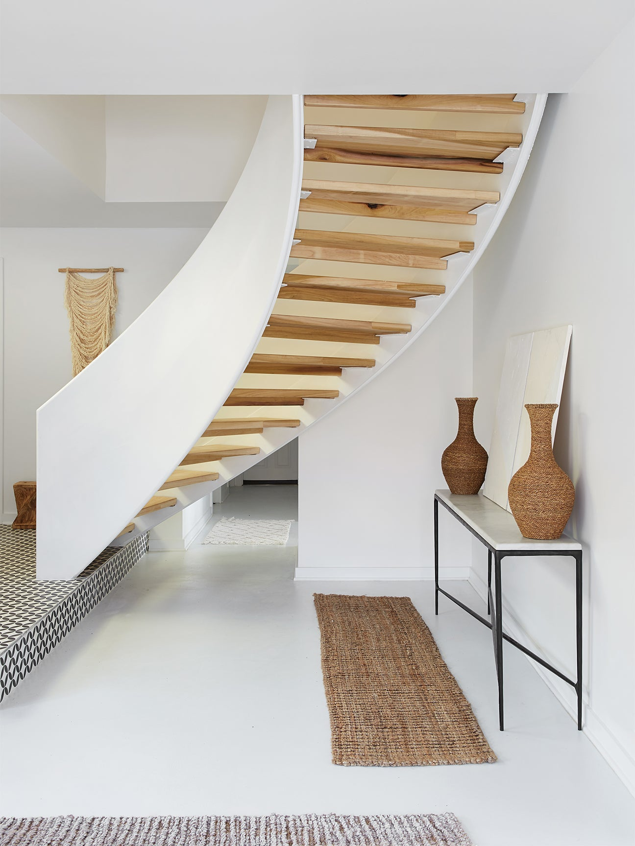 00-FEATURE-Leanne-Ford-renovations-domino-wilson-after-stairs