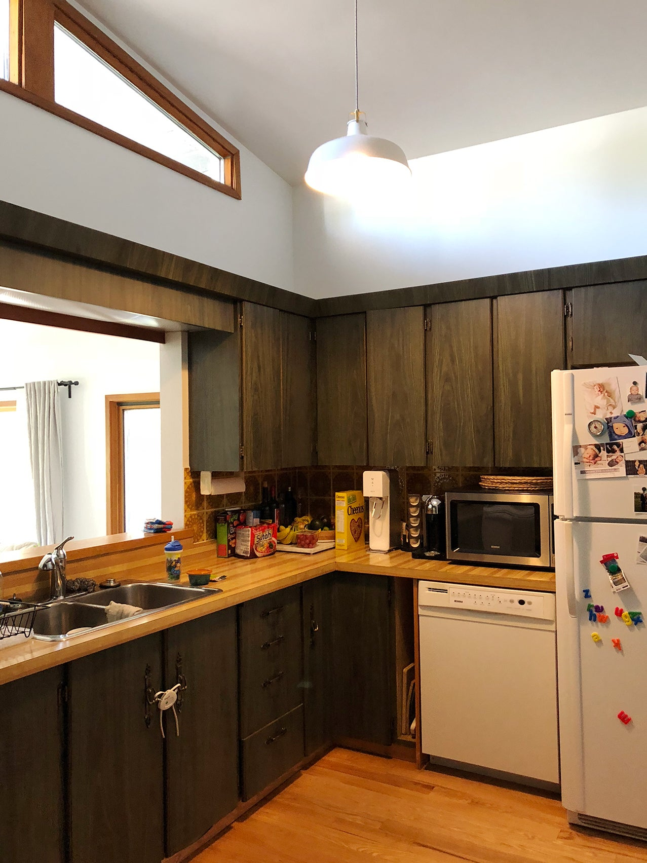before image of dated kitchen