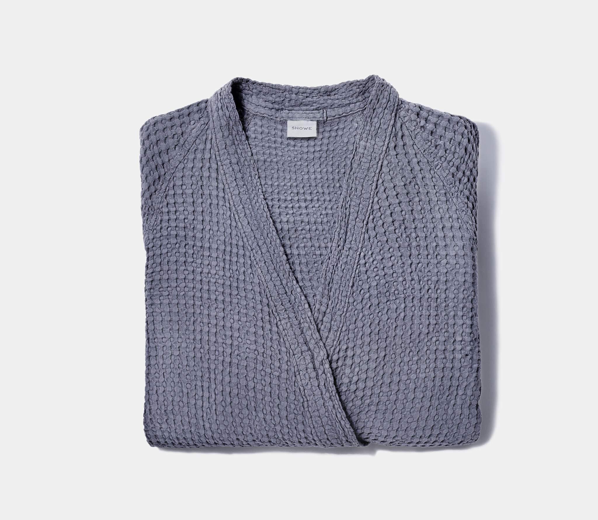 11.13_Snowe_NovemberHoliday93976-slate-honeycomb-bathrobe_PDP_2048x2048