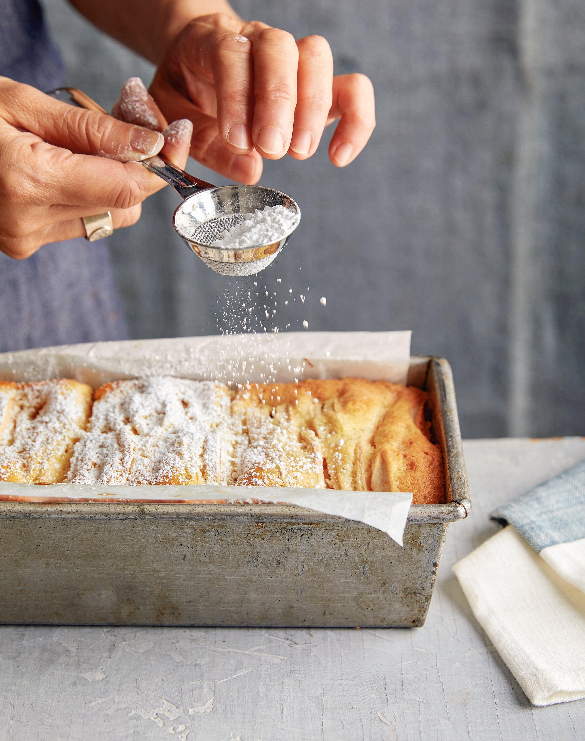 Apple-Vanilla Pound Cake