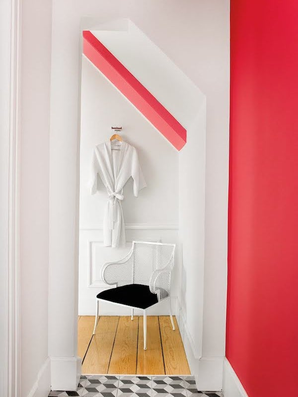 white and red bathroom