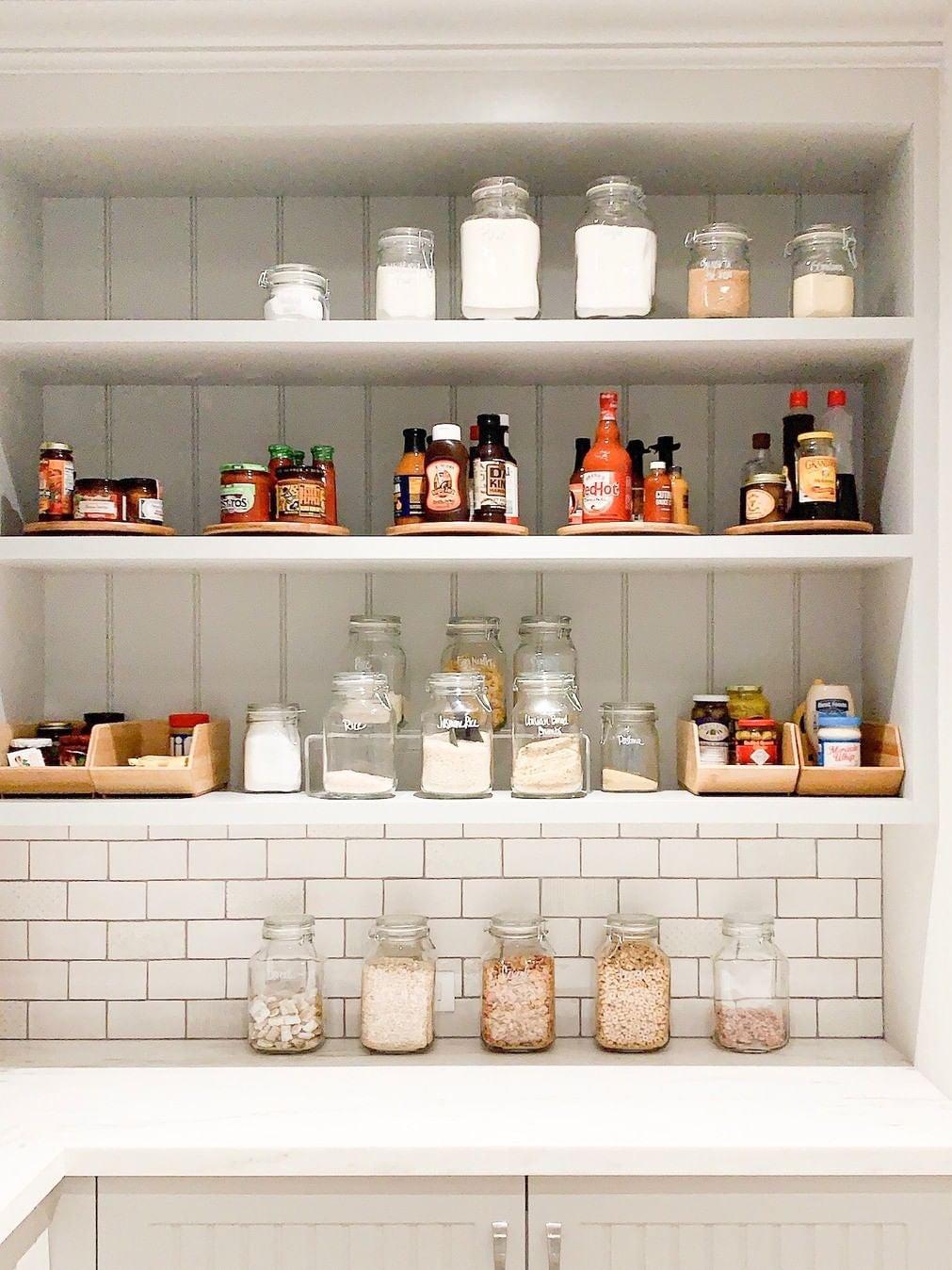 sustainable-kitchen-organizing-domino