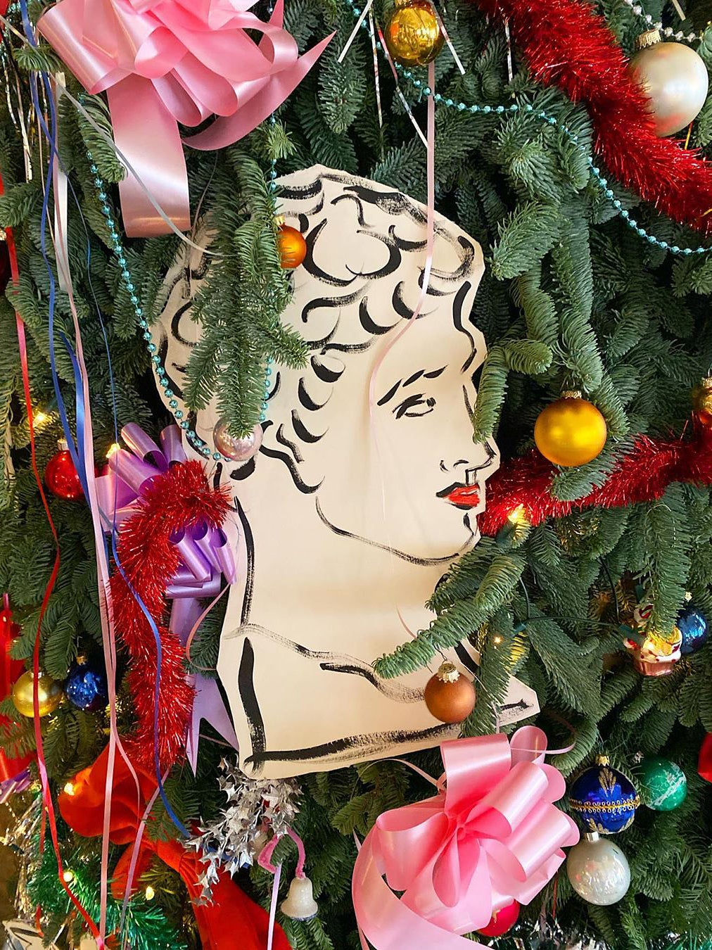 drawing of bust as tree decoration
