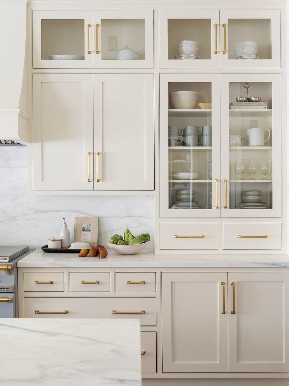 white creamy kitchen cabinets