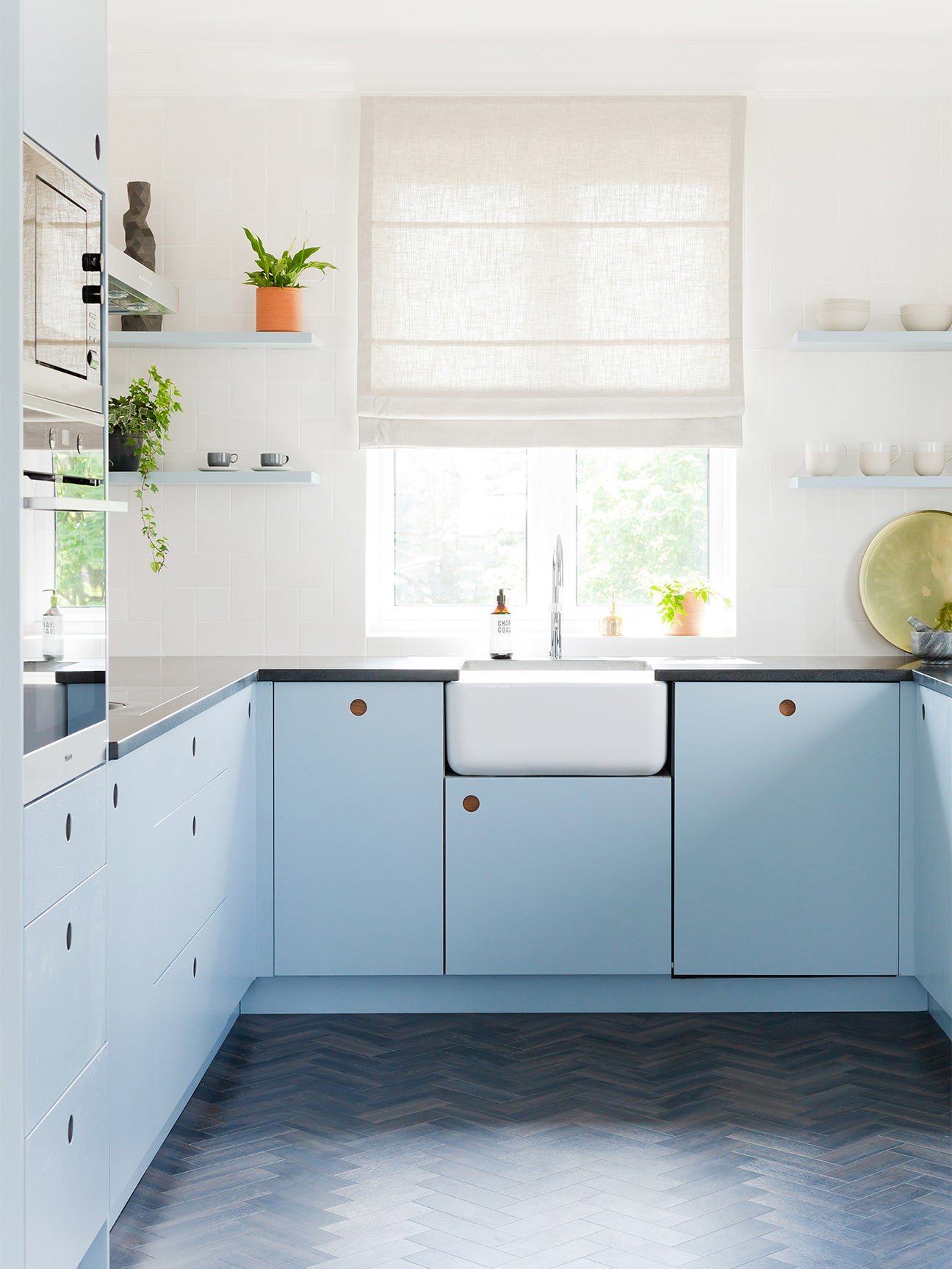 5 Kitchen Cabinet Colors Set To Take Over In 2020