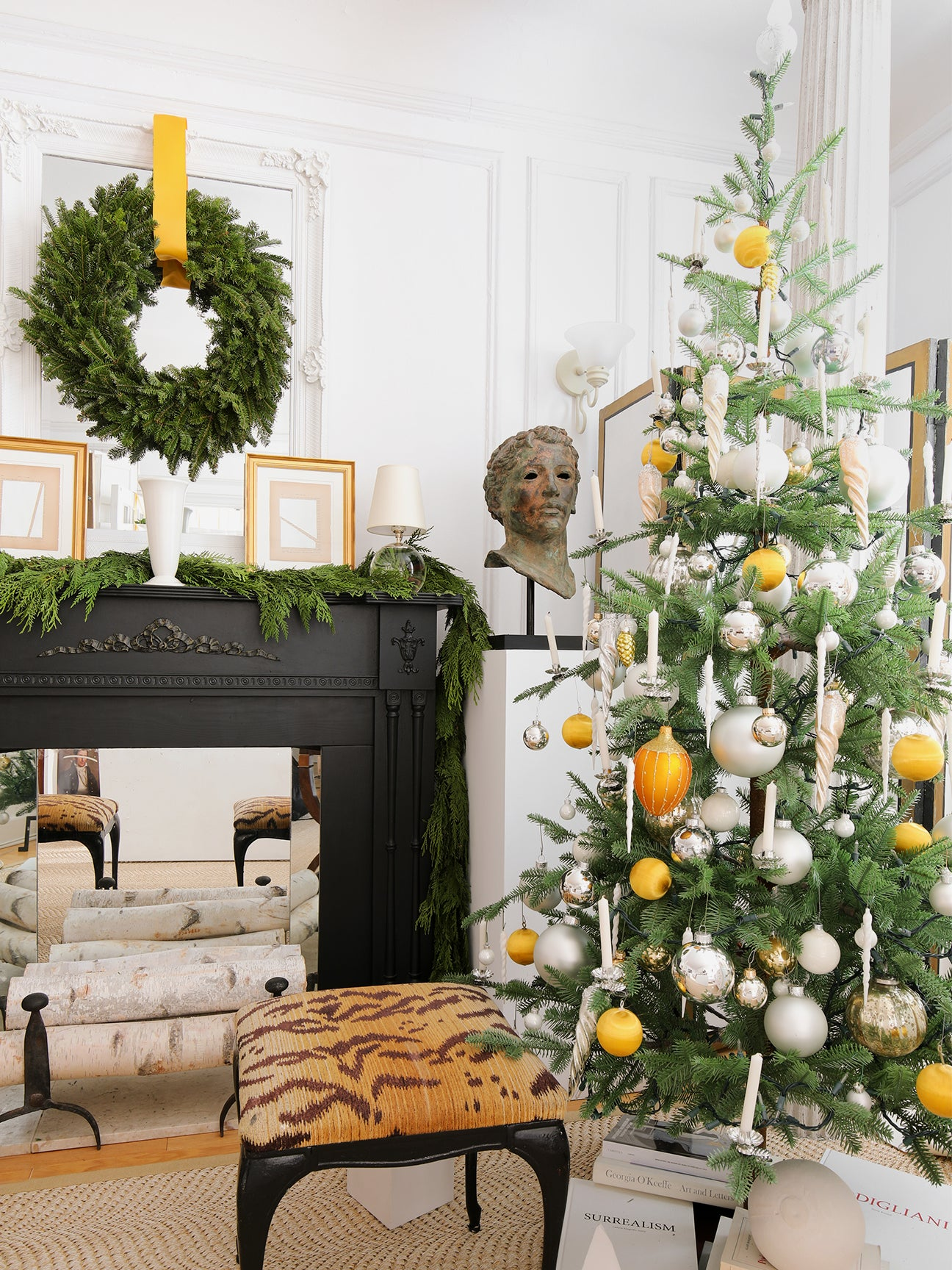 00-FEATURE-josh-young-holiday-decorating-tips-domino