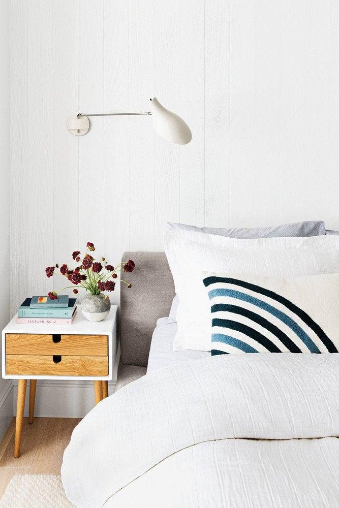 homeowner-renter-mistakes-white-bedroom