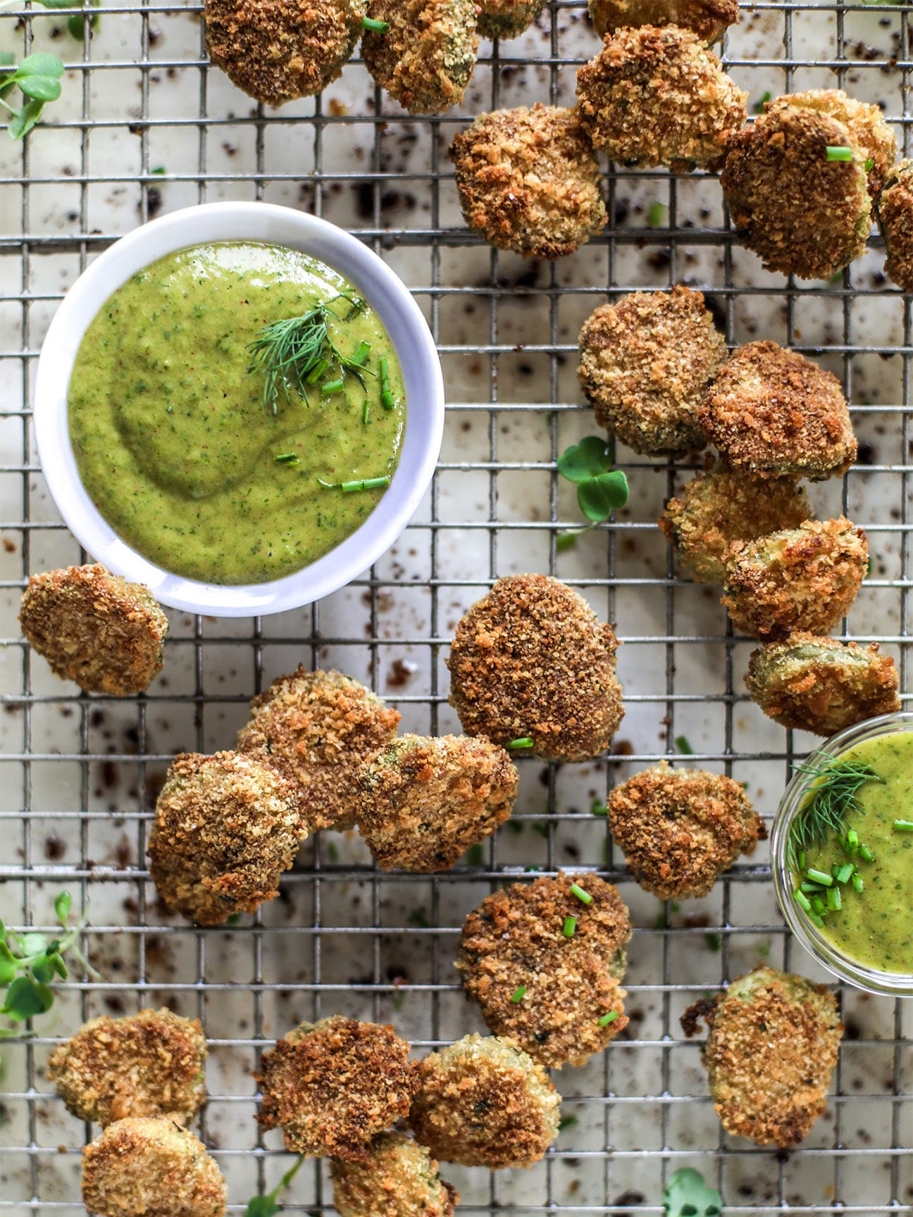 fried pickles with green auce