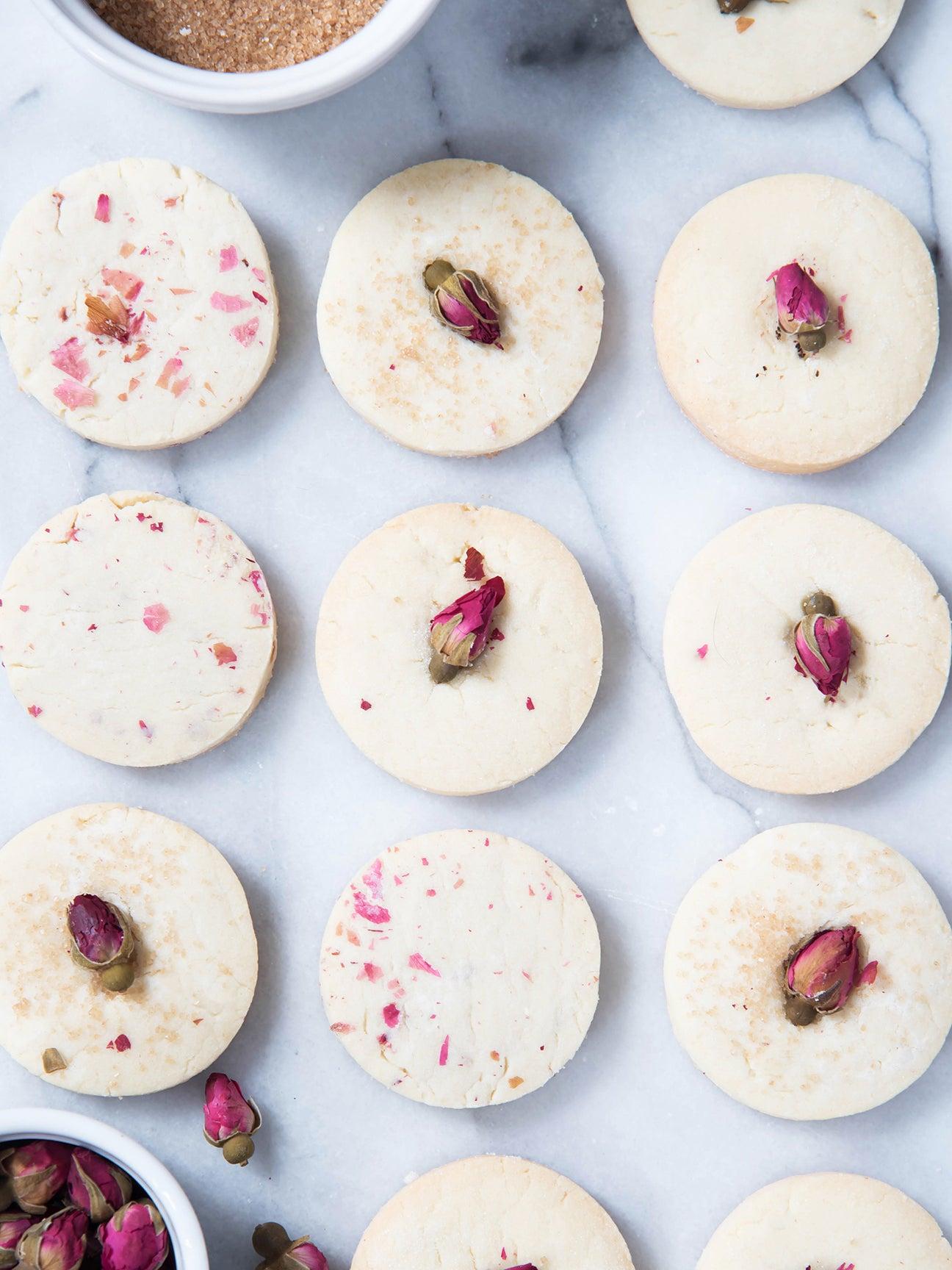 rose sugar cookies