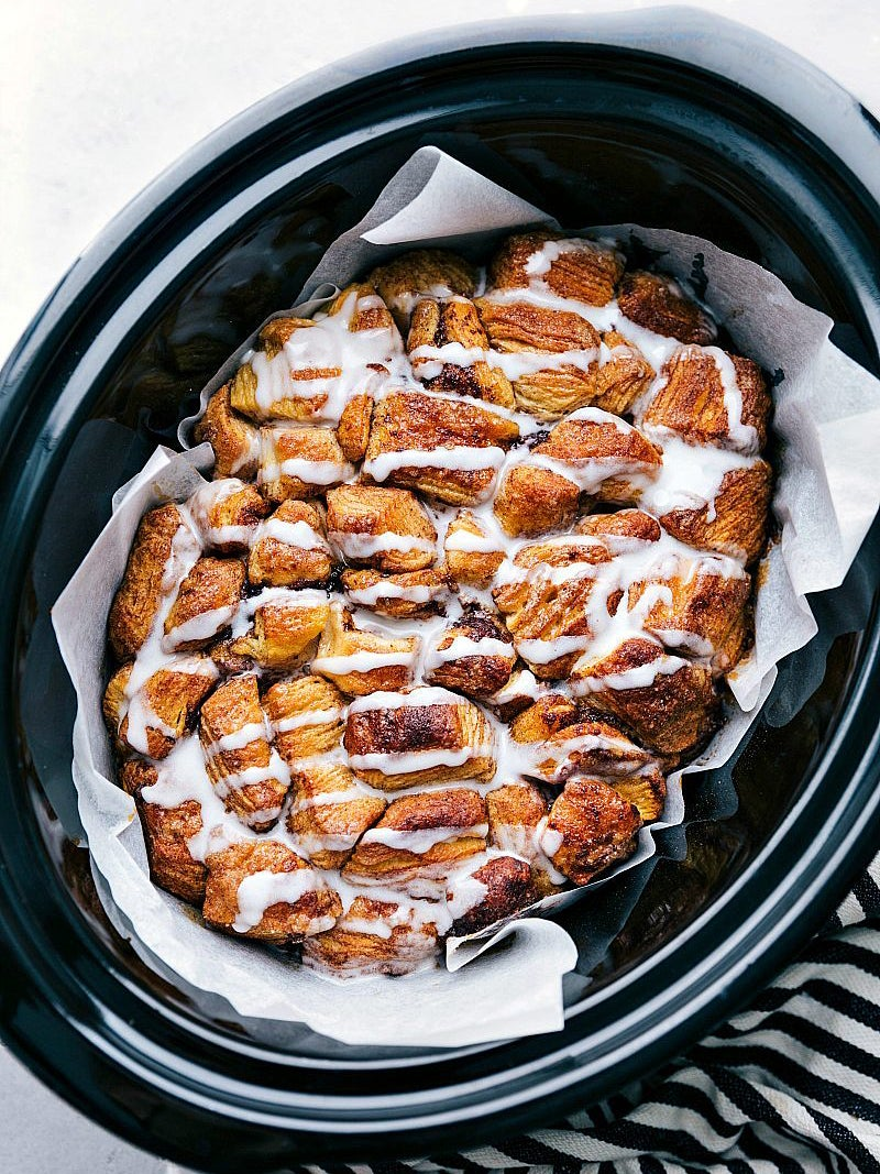 christmas-morning-crockpot-recipes-domino-monkey-bread