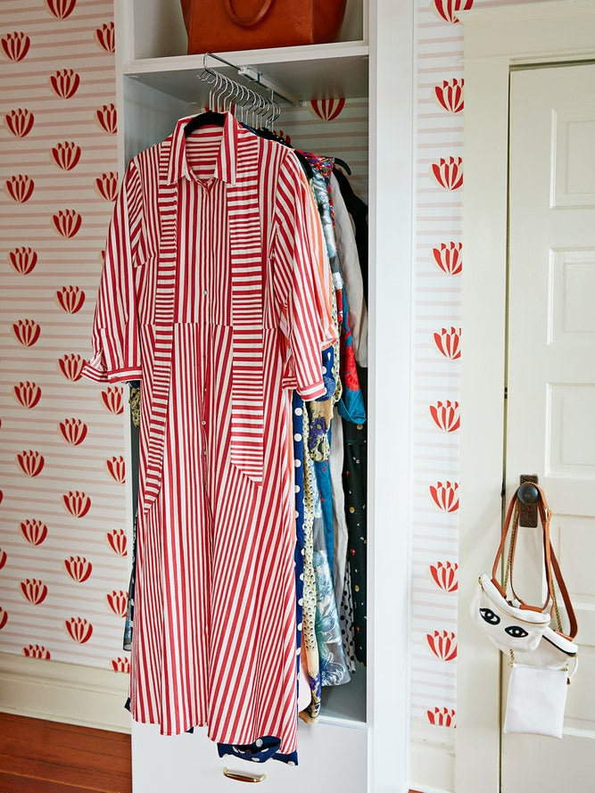 Everything You Need To Know To Turn A Spare Room Into A Walk In Closet