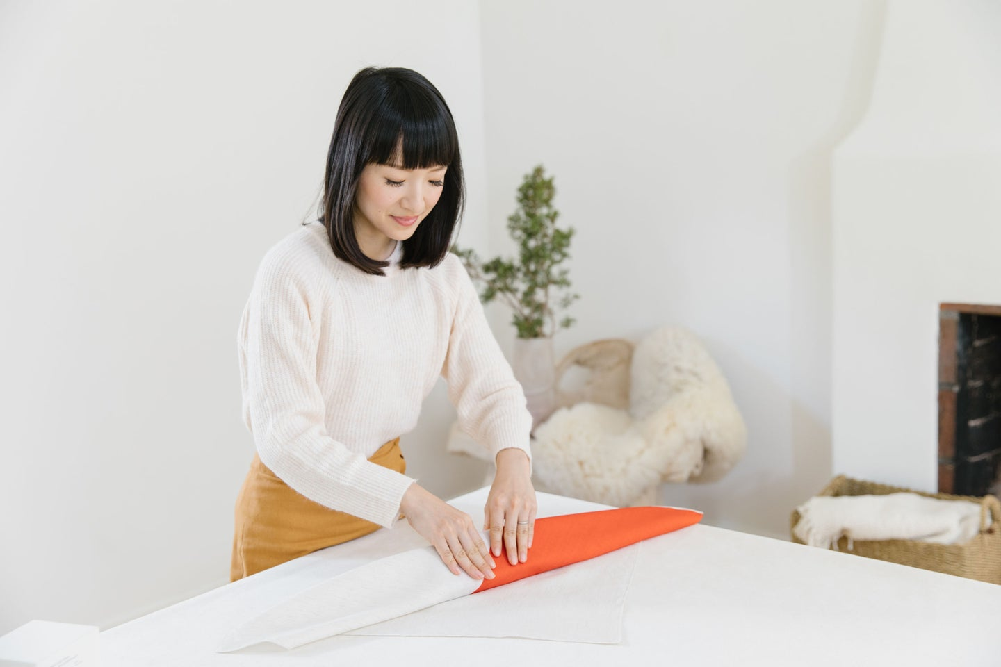 marie kondo wrapping gift