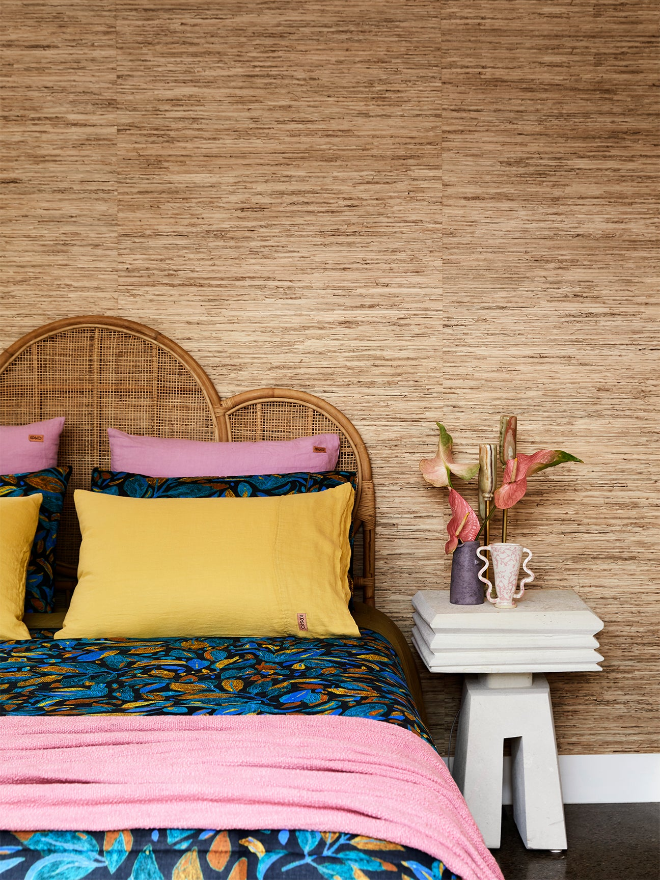 Bedroom with seagrass wallpaper