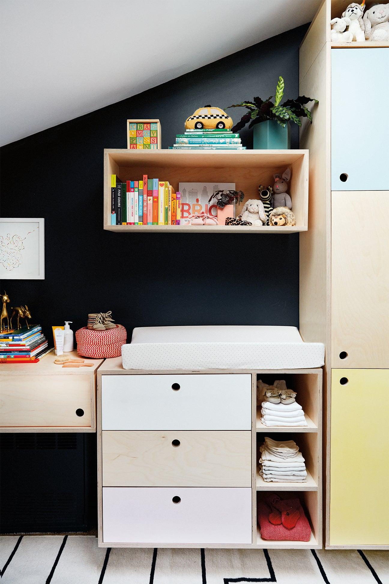 Kids room with modular storage