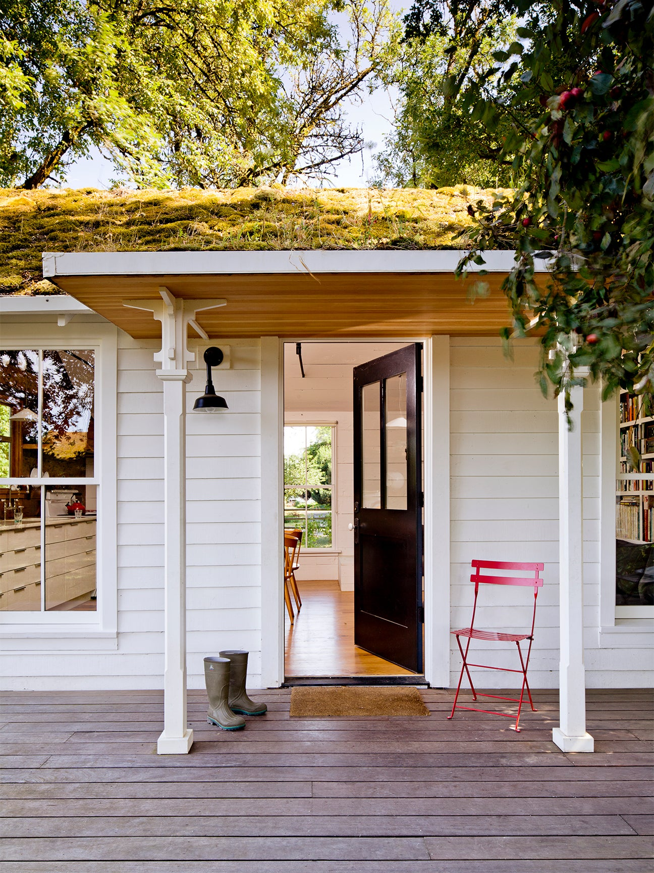 outdoor front porch