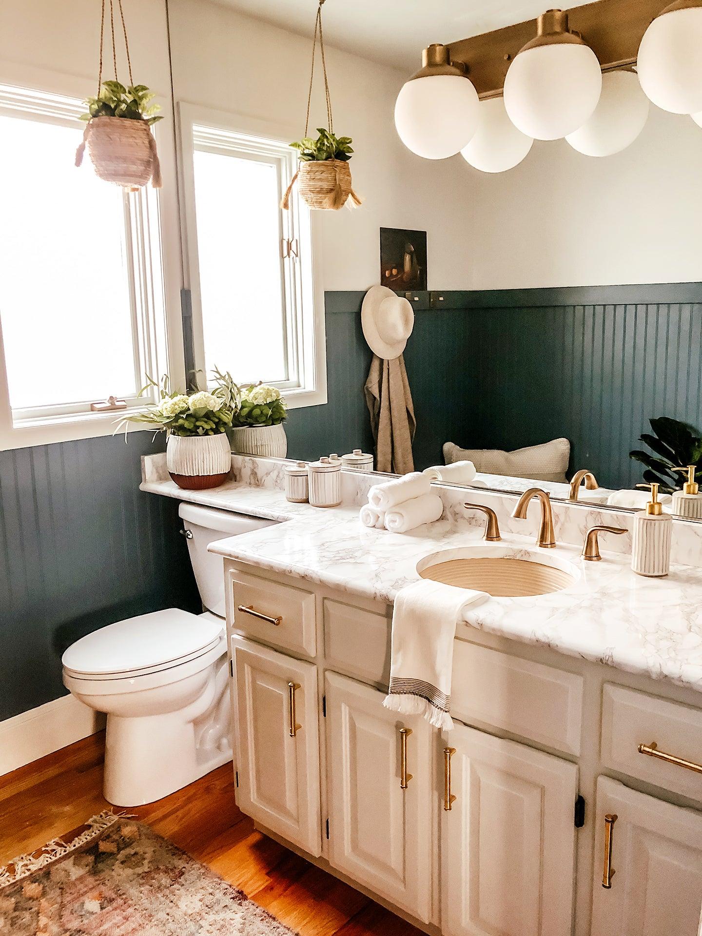 00-FEATURE-DIY-bathroom-countertop-domino