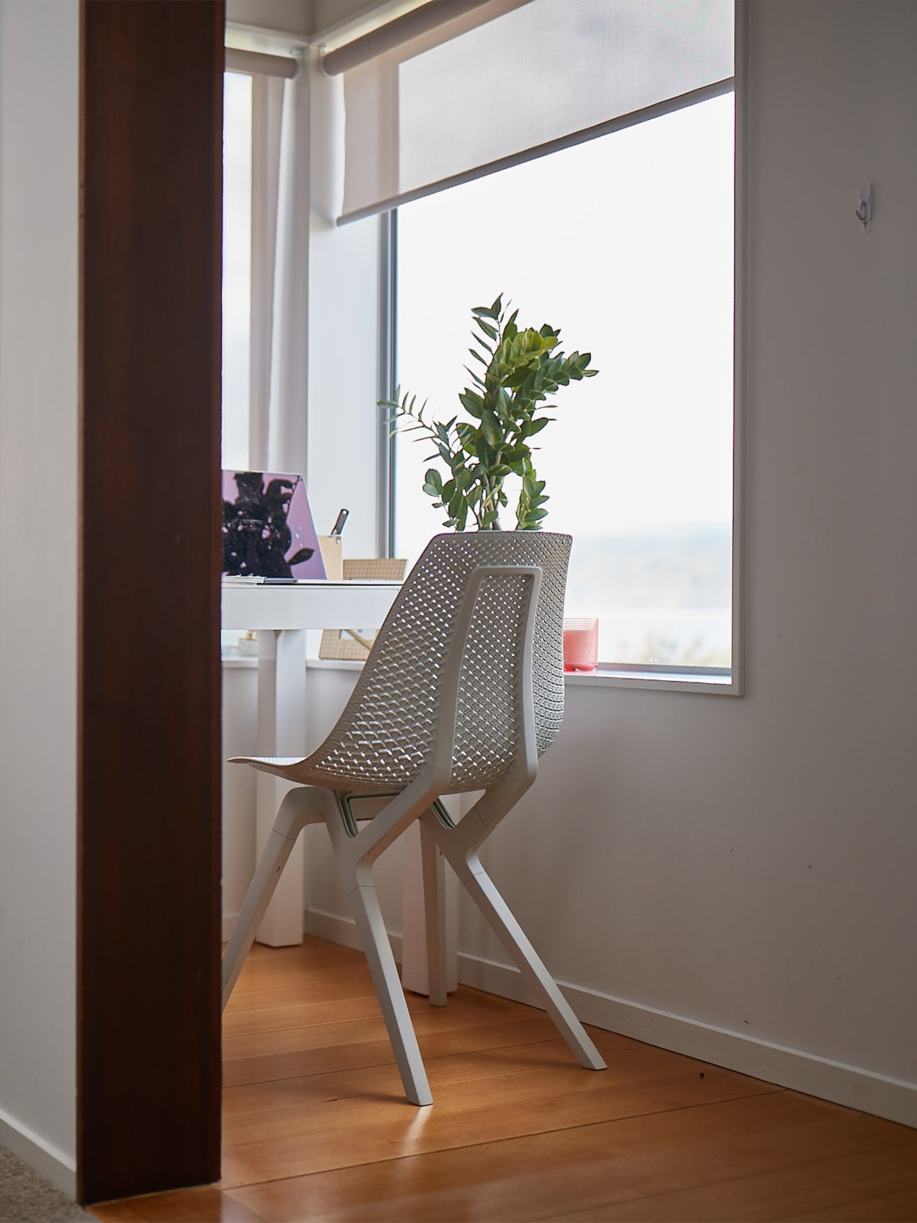 White Noho chair in office
